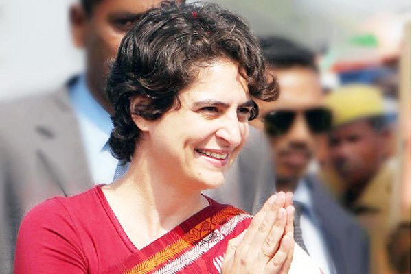 Priyanka rehearsed, enthusiastically filling in the workers in a stormy trip in UP.