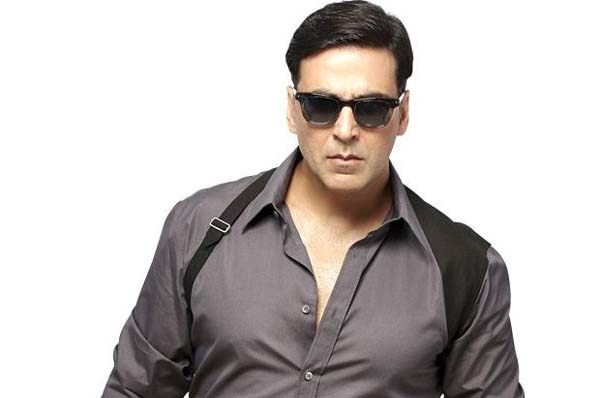 Akshay will give a tough fight, will not change 'Mission Mangal.'