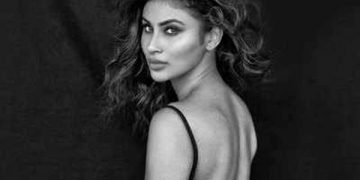 Fans looking crazy to see photos of Mouni Roy Black and White images on