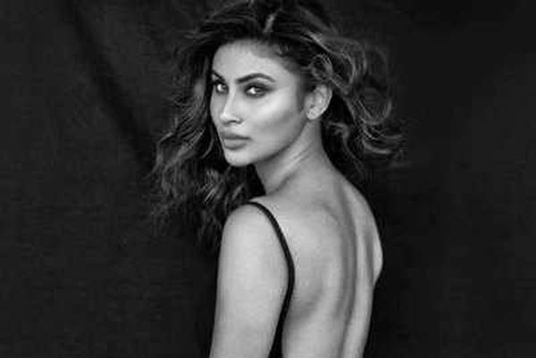 Fans looking crazy to see photos of Mouni Roy Black and White images shared on Instagram
