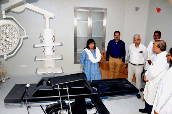 Medical Education Minister Dr. Sadhau inspected Super Specialty Hospital