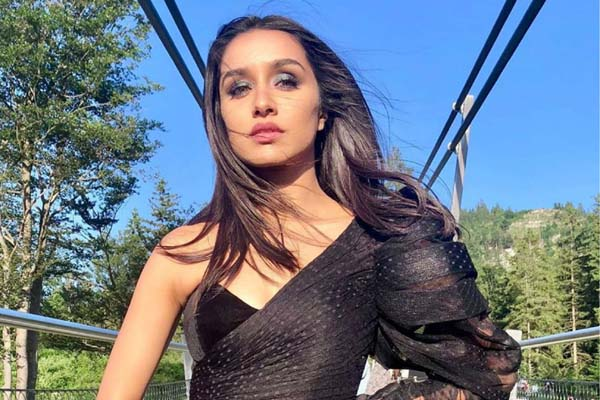 Shraddha Kapoor will be seen replacing Deepika in director Luv Ranjan's upcoming film.