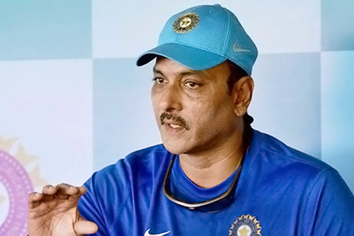 Do not question Dhoni: Coach