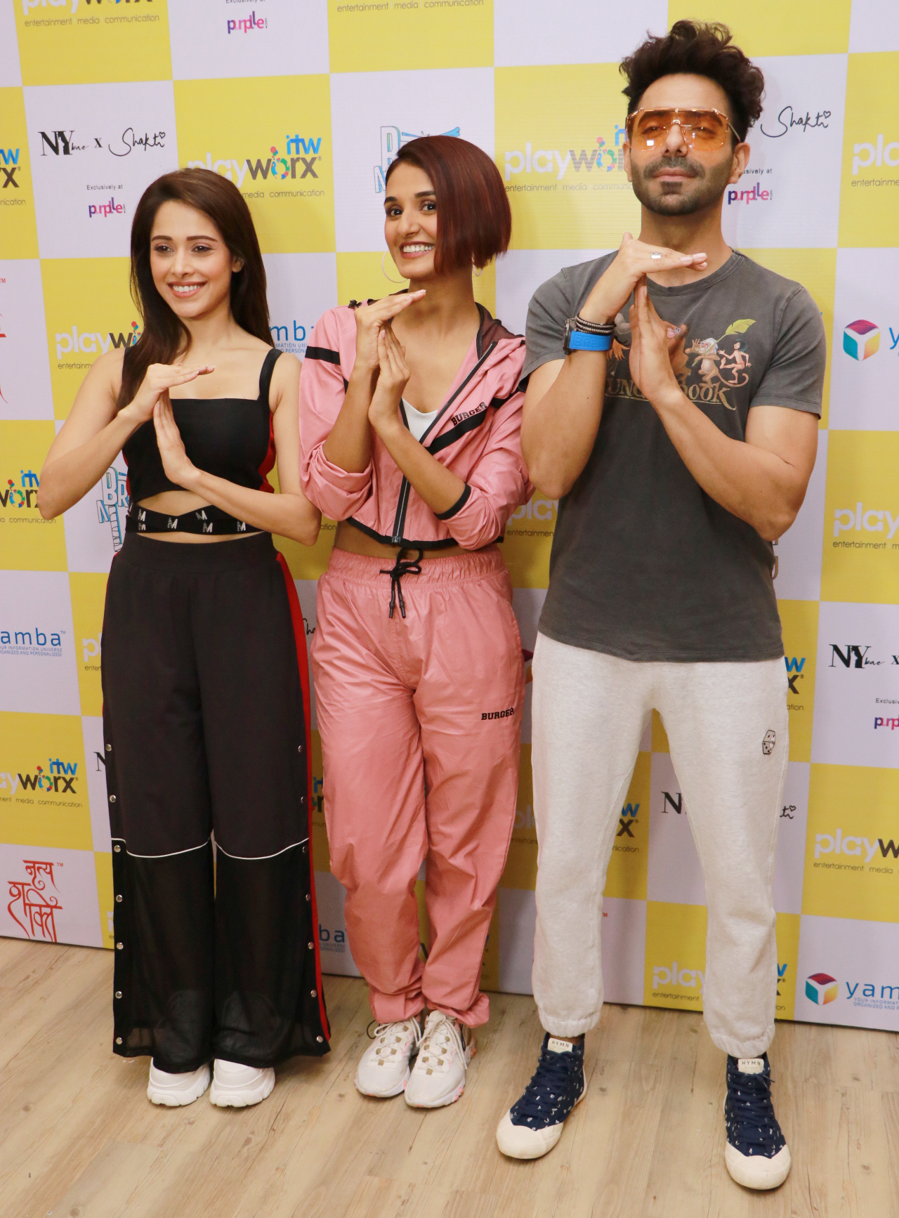 Bollywood actor Aparshkti Khurana & Nushrat Bharucha for episode shoot of Break A Leg Season 2 with host Shakti Mohan at Nritya Shakti Studio   Shoot of Break A Leg Season 2 host Shakti Mohan at Nritya Shakti Studio – Bank of Bollywood IMG 5506