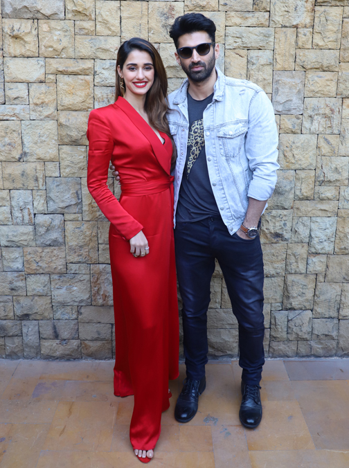Bollywood actor Aditya Roy Kapur and Disha Patani, Anil Kapoor, Kunal Khemu on set of Dance Plus 5 spotted promoting their film Malang  Promoting their film Malang bollywood actor Aditya and Disha Patani, – Bank of Bollywood 20200205164142 IMG 8974