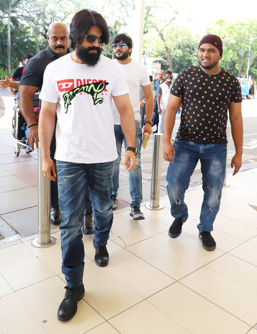 Rocking star Yash will be spotted at Domestic airport